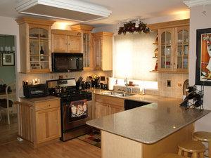 Кухня из массива сосны во Владимире