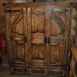 Шкаф под старину  на заказ